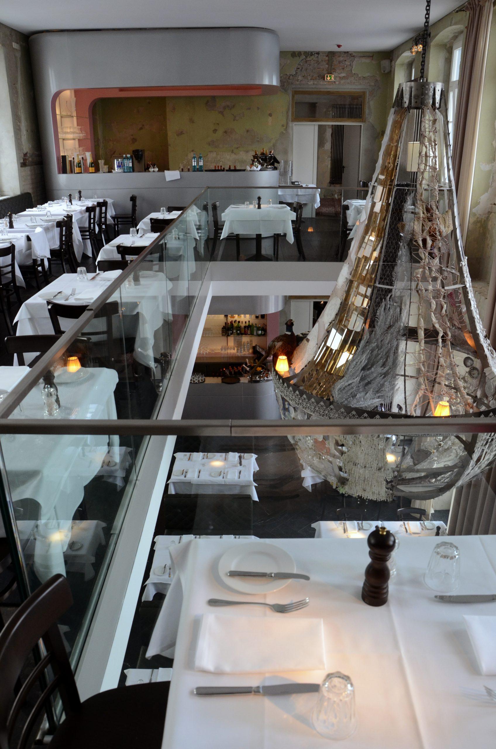 Champagner-Bar in stilvollem Ambiente - Manuela Bross Innenarchitektur